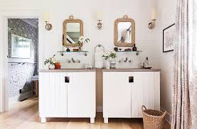 one kings lane home decor tour the chic modern lake house of designer thom filicia
