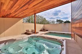 construire son jacuzzi réalisations en sauna infrarouge hamma et spa abisco