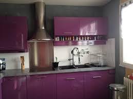 cuisine gris et cuisine gris et violet en photo