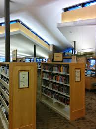childrens book shelves file nokomis library children u0027s book shelves 01 jpg wikimedia