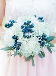 wedding flowers blue the best blue wedding flowers and 16 gorgeous blue bouquets