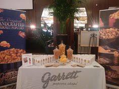 Garretts Popcorn Wedding Favors by Garrett S Popcorn Makes For A Tasty Favor Favors