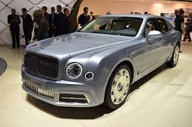 bentley mulsanne 2017 2017 bentley mulsanne shows its new face in geneva