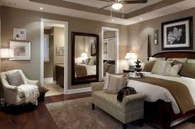Master Bedroom Decor Master Bedroom I Like The Large Mirrrors On One Wall Great Idea