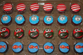 dr seuss cupcakes dr seuss cupcakes july 29 2012 cakes by