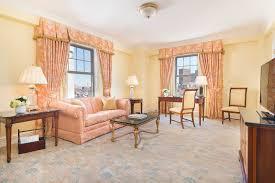 Living Room Vs Parlor Executive Presidential Suites U0026 Rooms To Your Taste At Taj Boston