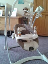 Graco Baby Swing Chair Graco Baby Swing 6 Swing Speeds 2 Soothing Vibration Settings
