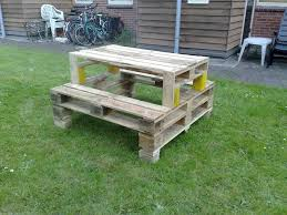 Outdoor Furniture Made From Pallets by Best 25 Pallet Picnic Tables Ideas On Pinterest Picnic Tables
