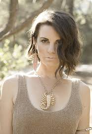 cairn hair cuts best 25 leah cairns ideas on pinterest battlestar galactica