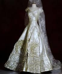 recycled wedding dresses used designer wedding dresses wedding dresses wedding ideas and