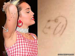 10 celebrity dog tattoos steal her style