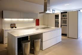 k che ausstellungsst ck designchen designguide münchen interior designermöbel