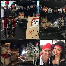 pirates trunk or treat with pirate ring toss trunk or treat