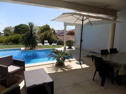 chambre d hote pour 4 personnes chambre d hôtes villa coté piscine chambre d hôtes alignan du vent