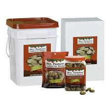 mrs pastures cookies rj matthews mrs pastures cookies for horses bag 8 oz gass