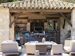 cuisine d ext駻ieur 15 idées pour aménager une cuisine d été à l extérieur house pools