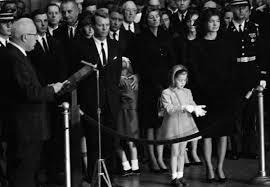 Caroline Kennedy S Children Jfk U0027s Granddaughter Pays Respects At Memorial Ceremony In Britain