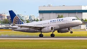 Does United Airlines Charge For Bags United Airlines Rolls Out Plan To Charge Lowest Fare Flyers To Use