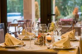 7 reasons why eating out is overrated active minimalist
