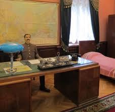 Schreibtisch Um Die Ecke Kreuzfahrt Von Stalins Versteck Bis Zum Kasino Von Konstanza