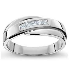 wedding rings for guys a flashy but its pretty cool and is twisty like s