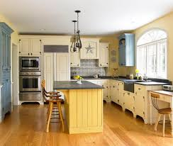 yellow kitchen islands 114 best kitchen islands images on spaces
