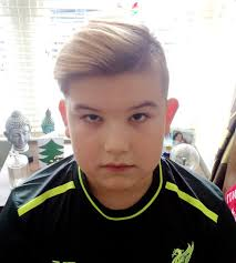 hair styles for 11 year oldboys mum furious after school brands 11 year old son s haircut too