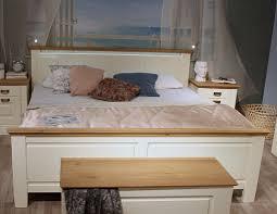 Schlafzimmer Bett 200x200 Bett 200x200 Hohes Fußteil Kiefer Massiv Champagner Lackiert