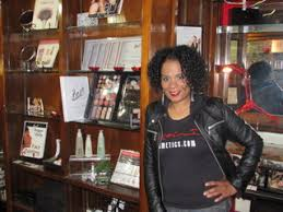 Makeup Classes In Baltimore With Makeup And Cosmetics Line Roshé Anthony Is