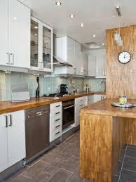 cuisine 7m2 la métamorphose d un couloir de 7m2 en cuisine
