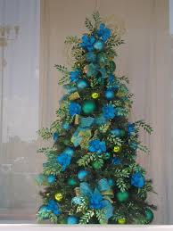 tree decorations blue and green