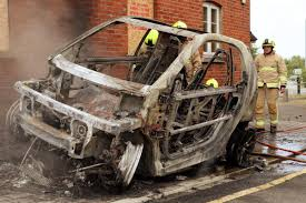 smart car crash smart fortwo electric car u0027totally destroyed u0027 and left gutted by