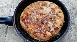 cuisiner simple et rapide gâteau aux pommes à la poêle la tendresse en cuisine