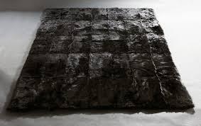 tapis couloir sur mesure tapis sur mesure peau véritable d u0027agneau toscane norki décoration
