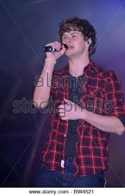the wanted perform at the cheshire oaks christmas lights switch on