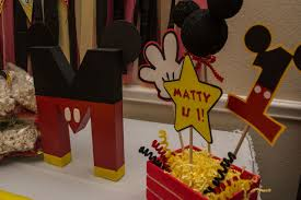 mickey mouse centerpieces domesticated mickey mouse clubhouse diy party ideas