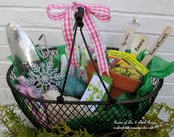 Gardening Basket Gift Ideas Gift Ideas For Gardeners Home Outdoor Decoration