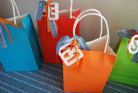 Birthday Favor Bags by Birthday Gift Bags For Diy Birthday Gifts