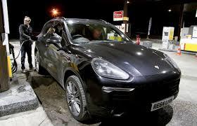Porsche Cayenne Jet Black Metallic - 2015 porsche cayenne s diesel v8 4 2 road test 385hp eurostar