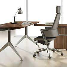 Designer Office Desks Amazing Modern Office Furniture And Modern Contemporary Office