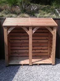 using wood individually handmade using cedar wood this log store is 6ft x