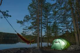 hammock vs tent which one is better for your camping trip