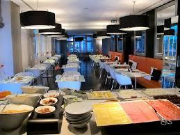 international design hotel lissabon buffet breakfast room picture of internacional design hotel