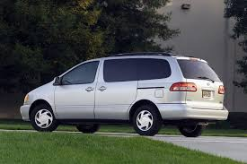 volkswagen guagua 2003 toyota sienna information and photos zombiedrive