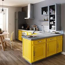 cuisine jaune et grise idée relooking cuisine le jaune tu osespeinture de rénovation