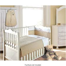 choosing the best baby bedding for your newborn
