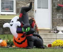 halloween outdoor decorations 2017 extreme halloween houses the