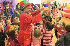 clown entertainer for children s kids party entertainer 3 children s entertainers nightmares and how to avoid them ffe