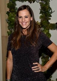actress in capitol one commercial2015 jennifer garner net worth find out how much money the actress