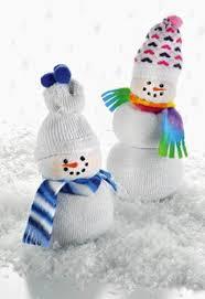Diy Sock Snowman Here Is A Sock Snowman Made Using White Socks Elastic Bands